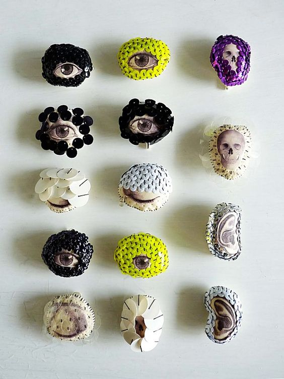 Lyndie Dourthe. Cabinet de curiosité lilliputiens ..