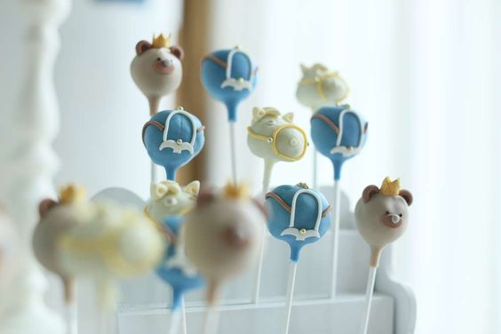 Cute cake pops at a prince and prince teddy bear  birthday party! See more party ideas at CatchMyParty.com!
