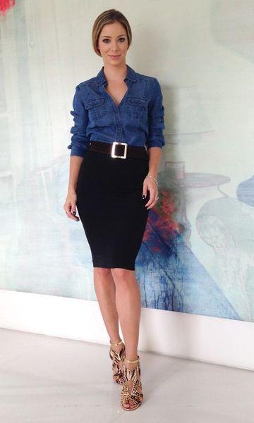 Look: Camisa Jeans + Saia Lápis: