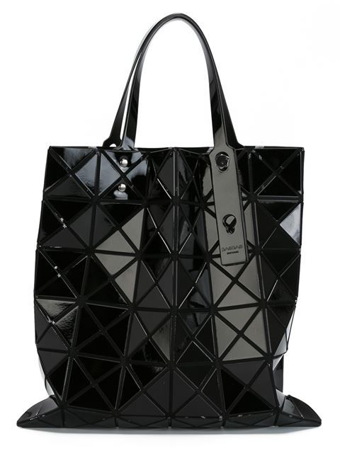"Achetez Bao Bao Issey Miyake sac à main ""Lucent Basic"" en Torregrossa from the world's best independent boutiques at farfetch.com. Shop 300 boutiques at one address."