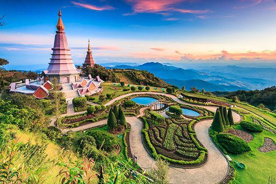 L'ancien Royaume du Siam offre d'innombrables possibilités aux couples en voyage de noce, pouvant combiner la découverte culturelle du pays avec un séjour intime à la thaïlandaise !