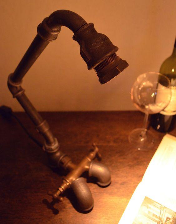 Designer Schreibtischlampe von Lampen.KO.Design mehr Infos auch unter http://lampen-ko-design.blogspot.de/ steampunk industrial lamp
