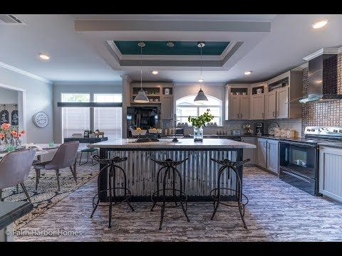 Stunning Don T Miss The New Vintage Farmhouse By Palm Harbor Youtube New Manufactured Homes Modular Homes Manufactured Home