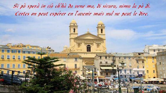 Bastia, Le Vieux Port. L'Eglise Saint Jean