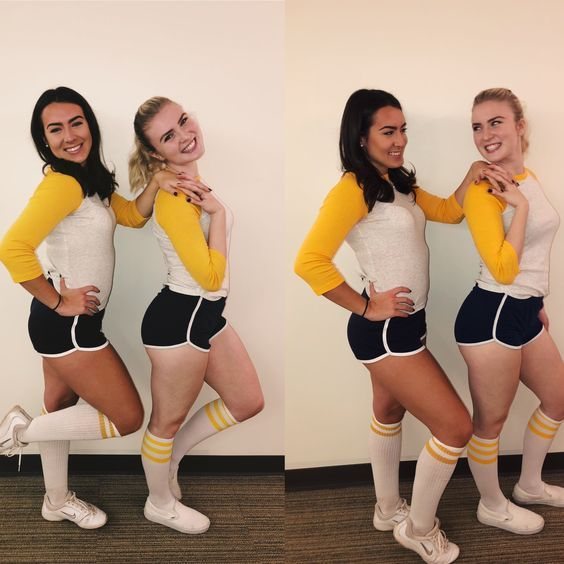 50 Best Friends Halloween Costumes For Two People That Ll Make Your Duo Steal The Show Halloween Outfits Duo Halloween Costumes Riverdale Halloween Costumes