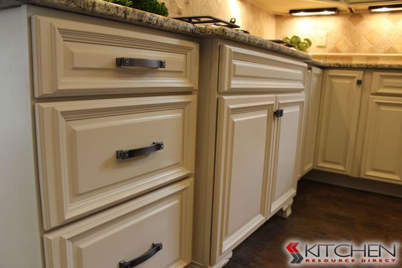 A Rich, Cream Painted Finish On These Cabinets. Shown Is Titusville RTA  Freeport Maple Vanilla. | Painted Cabinets | Pinterest | Vanilla, Discount  Kitchen ...