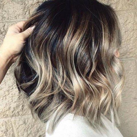 Haarfarbe 2020 Damen Trendfrisuren Frisuren Frisuren2020 Styling Kurze Haare Locken Haarfarben Frisuren Kurz