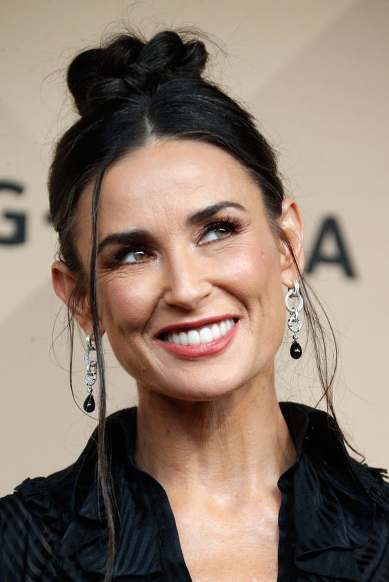 You'll Never Believe Where Demi Moore Found Her SAG Awards Gown: