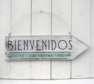 Letreros vintage con flecha | BIENVENIDOS ENTRE CON BUENA ONDA: