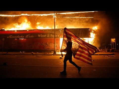 Pin By Laurin Polkupyorakuljetus On Tyrannia In 2020 Black Lives Matter Protest Protest Black Lives