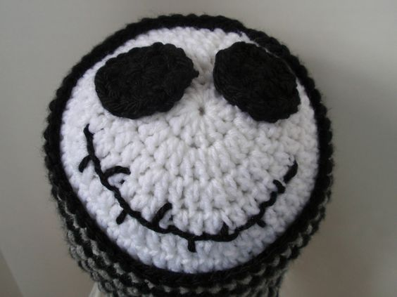 gorro jack: Crochet Hat Patterns, Crafty Stuff, Crochet Knitting, Crochet Hats, Crochet Jack Skellington, Caps Beanies Hats Headbands, Crocheted Hats, Crochet And Crafty