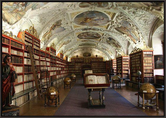Libreria en un Monasterio de Praga.