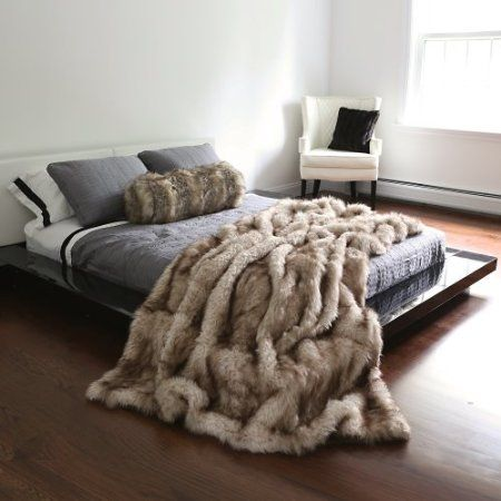 """Will cover my whole bed... WANT!!!! Amazon.com: Champagne Fox Faux Fur Full Throw Blanket 58"""" x 84"""": Home & Kitchen"""