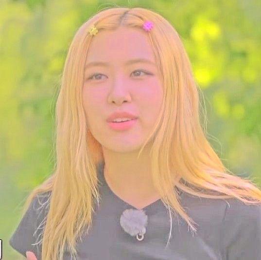 روزي Kpop Hair Hair Styles Beauty