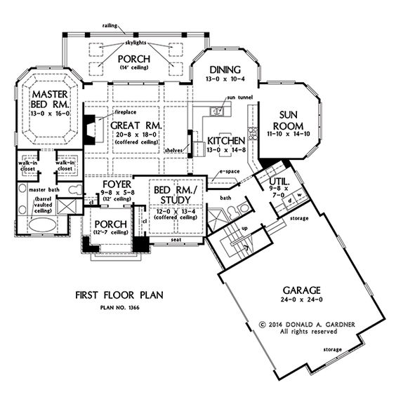 House plans home design and rowan on pinterest for One story house plans with bonus room above garage