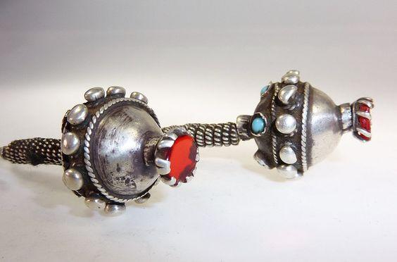 Antike Afghanische Tribal Silber Ohrringe von Melach auf DaWanda.com