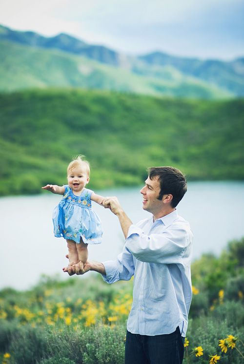 too cute! a little girl, her dad, and a beautiful backdrop