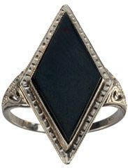 #eriebasin.com            #ring                     #1930s #Deco #Diamond #Shaped #Onyx #Singet #Ring, #White #Gold #Erie #Basin #Antiques                  1930s Art Deco Diamond Shaped Onyx Singet Ring, 14K White Gold : Erie Basin Antiques                                              http://www.seapai.com/product.aspx?PID=1284550