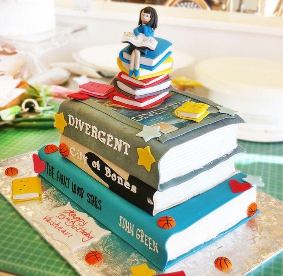 Birthday Cake Images Of Books : Birthday cakes, Birthdays and Book on Pinterest
