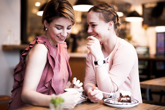 Sisters & coffee #coffee #café #cake #sisters #glasschuhloves