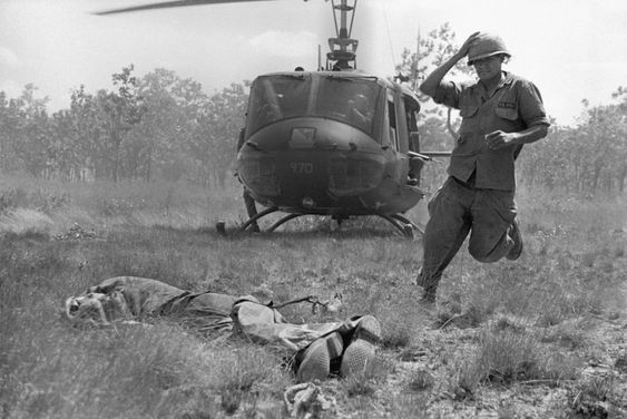The Vietnam War The Pictures That Moved Them Most Vietnam War Vietnam Vietnam War Photos