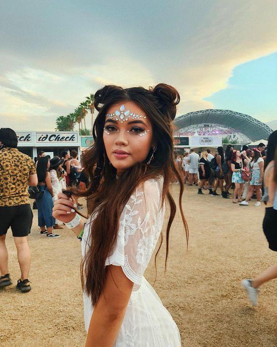 Intip gaya makeup festival yang patut kamu coba