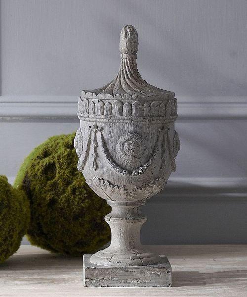 Wood effect decorative urn