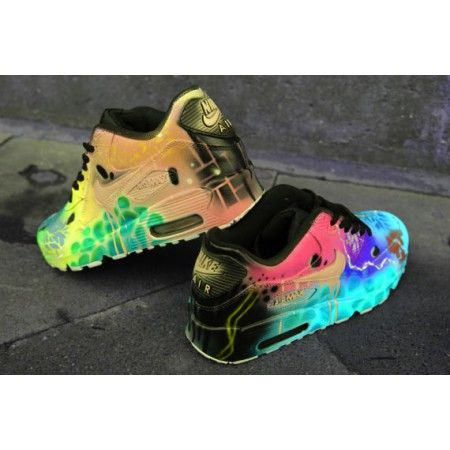 Chaussure Nike Air Max 90 Candy Drip Couleurs funky fous Foot ...