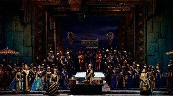 Semiramide; the Metropolitan Opera 1990. Act I. Stanford Olsen, June Anderson, John Cheek, Samuel Ramey, Chorus and supers.