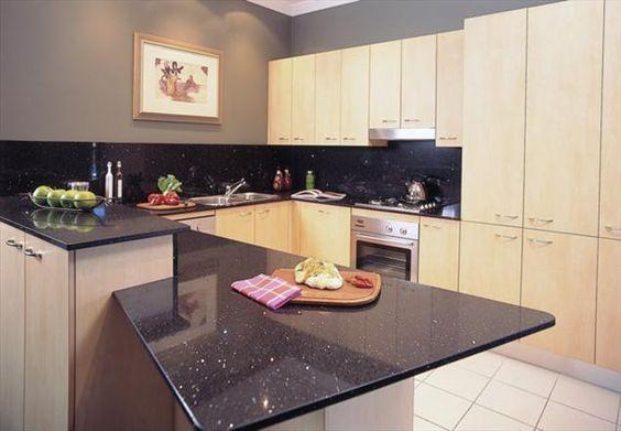 BC1000 - Sparkling Black  #Vicostone #Quartz #Countertops #interiordesigns #kitchen #remodel #homeimprovement Credit: Wonderfull Kitchen (WK)