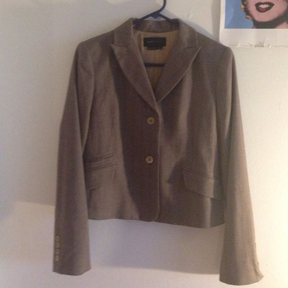 Near Perfect Condition BCBG Blazer Great condition brown blazer, perfect staple for any working girls closet.  There are a few small snags/pills on the left inner arm (pictured) aside from these this blazer is nearly flawless BCBGMaxAzria Jackets & Coats Blazers