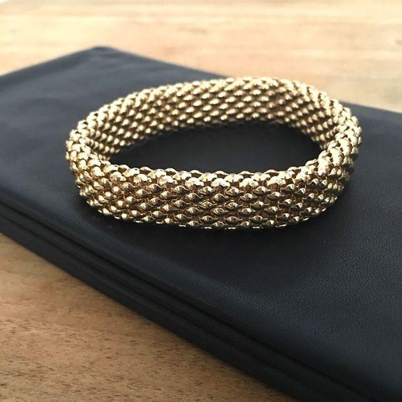 Stunning Gold plated elastic Bracelet. New Handmade Stunning Gold plated elastic Bracelet. Allure Of Brazil Jewelry Bracelets