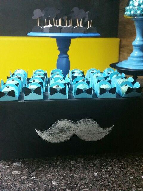 Forminhas decoradas fesfa mustache