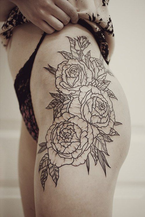 Fleur tatouages sur la cuisse and camelote on pinterest - Tatouage femme hanche ...