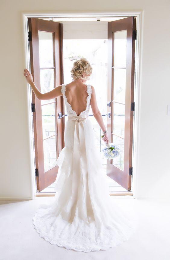 Pretty backless wedding dress