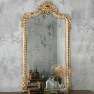 Love this mirror with the wall colors