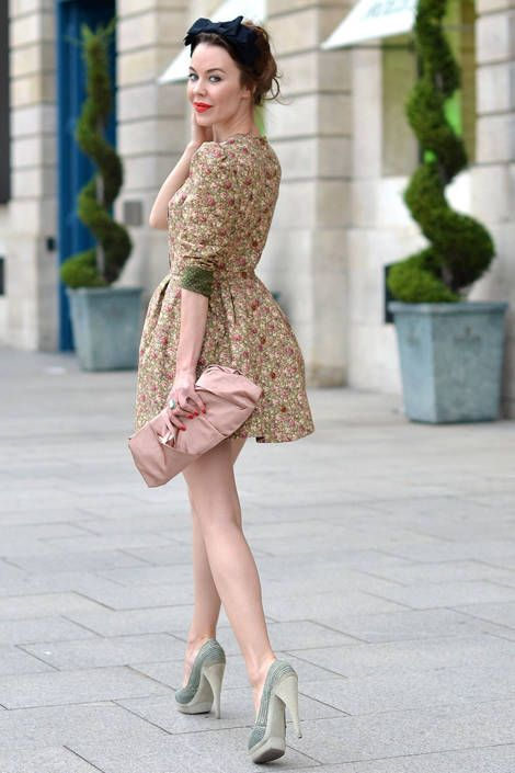 Anna Della Russo - Paris Street Fashion - Summer Street Fashion in Paris - Elle