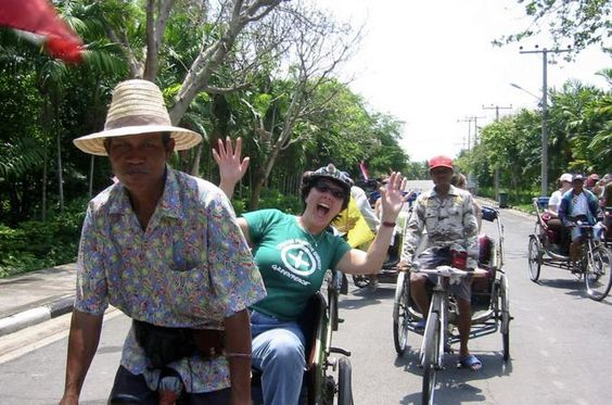 Rickshaw and Hike the Colors of Bangkok Rickshaw & Hike the Colors of Bangkok is the perfectchoice for those who want to experience a non-touristy side of the Thai capital. This tourgives a totally different view and experience of the city.You never see this side of Bangkok in brochures and travel magazines. You will be surprised at what happens behind and away from Bangkok's concrete walls and buildings.At 10am we leave from our office/lounge in Yannawa, a non...