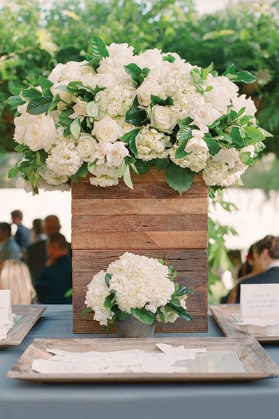 CHELSEA + BRENT | OJAI Valley Inn & Spa Photo by Aaron Delesie Event design by Lisa Vorce Floral Design by Mindy Rice