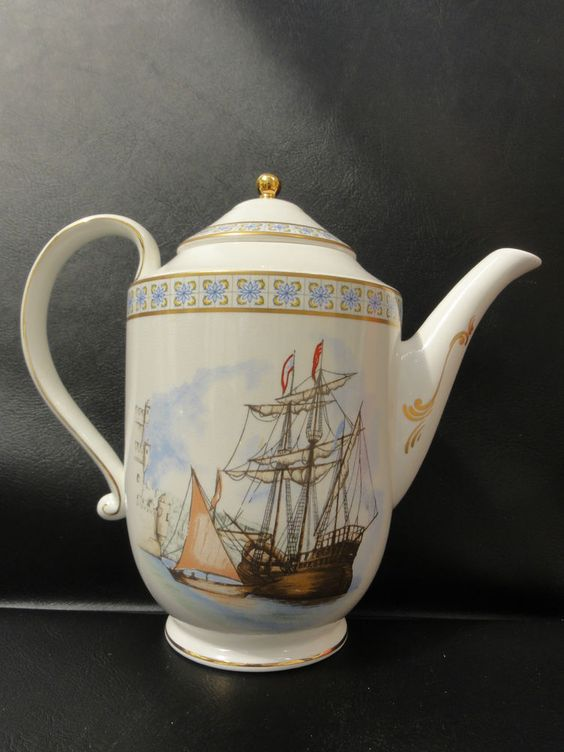 Compton & Woodhouse Bone China Teapot - Portuguese Moorish Teapot