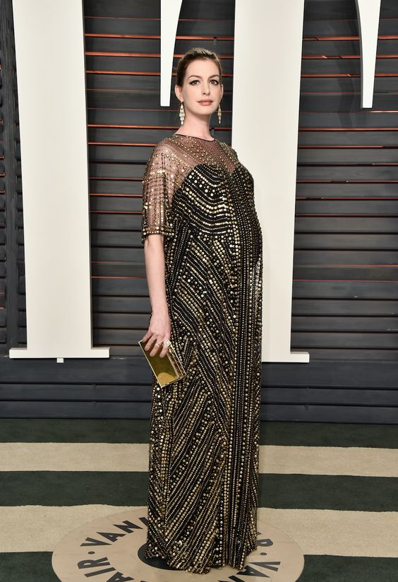 Anne Hathaway look Naeem Khan Oscar 2016 - pregnant party dress / vestido de festa para grávidas
