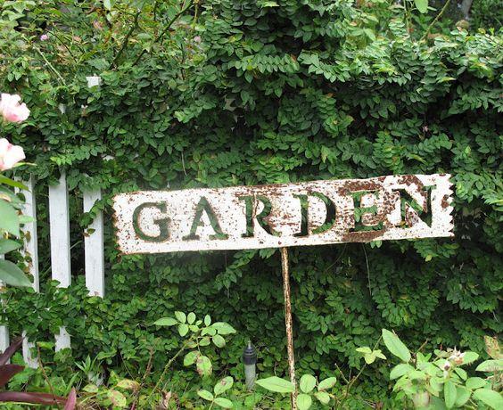 Italian Girl in Georgia: Cottage Garden Inspiration