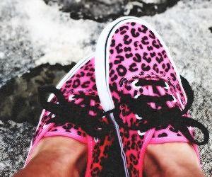 Vans leopard style pink