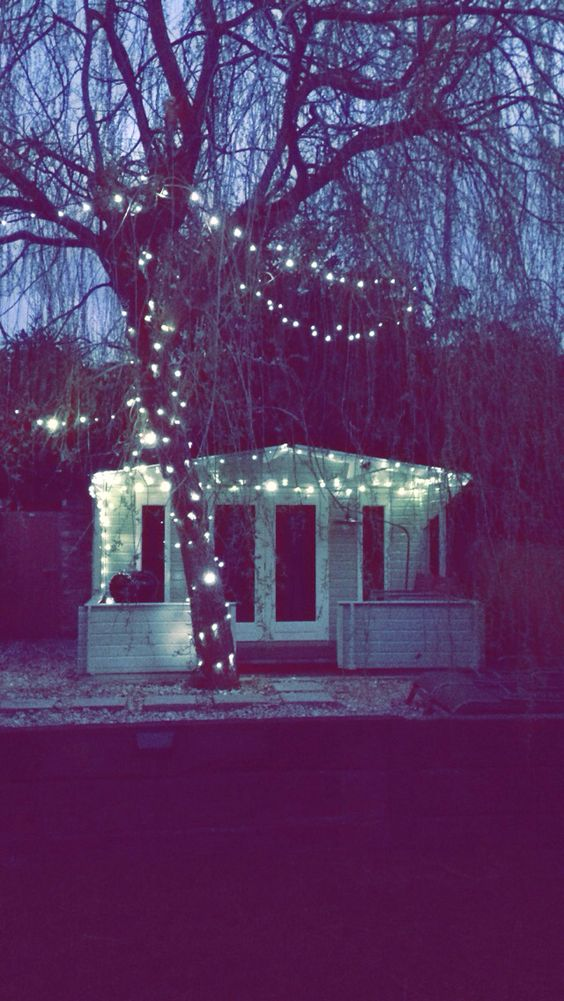 Fairytale summerhouse, 'Willow Lodge'