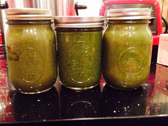 Green smoothies to go