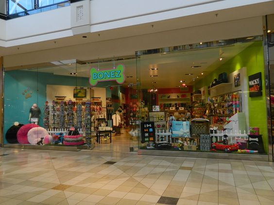 Lego Store at the King of Prussia Mall in King of Prussia, PA ...