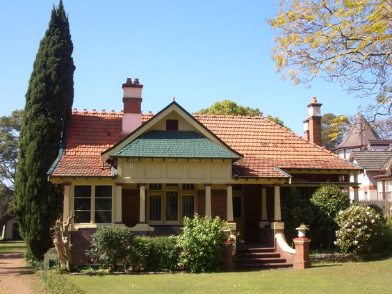 Federation Home In Sydney Australia Appian Way Burwood
