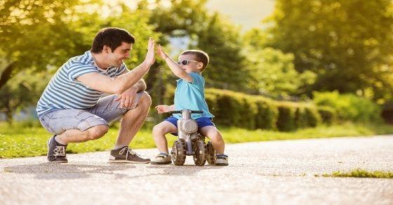 Các bước đơn giản dạy con đi xe đạp không ngã, không đau