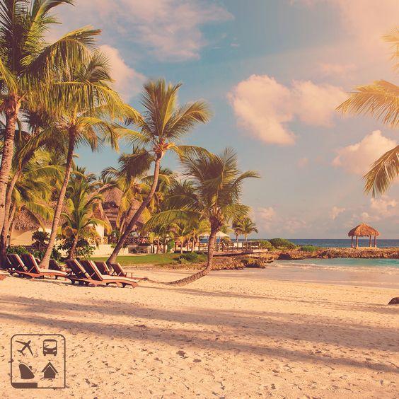 República Dominicana: um paraíso tropical esperando a sua visita. Converse com um de nossos consultores de viagens em todo o Brasil e programe uma viagem perfeita, nos mínimos detalhes. #AmoViajar #Viagens #ClubeTurismo