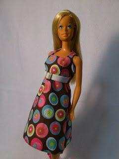 Barbie a Porter: Molde para Barbie - Vestido Trapézio